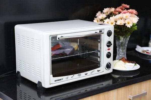 Xem xét cách làm chín thức ăn để biết có nên mua lò nướng thay lò vi sóng không?