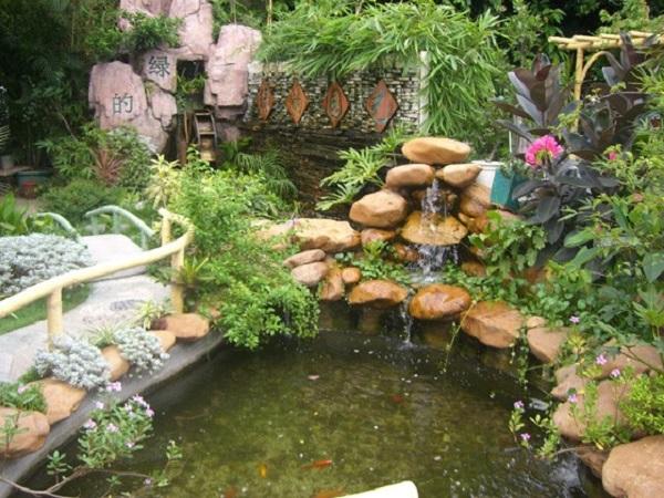 Thiết kế sân vườn đảm bảo yếu tố núi và nước