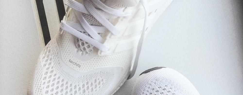 cách giặt giầy trắng không bị ố vàng