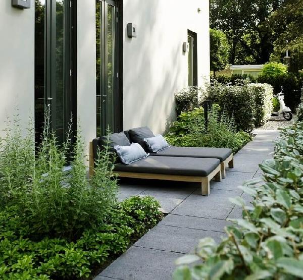 Thiết kế sân vườn mang phong cách hiện đại